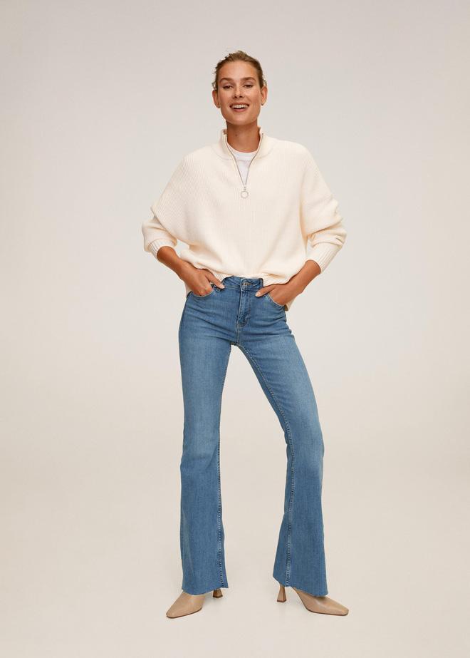Nhìn Suzy bạn sẽ thấy khả năng tôn chân - dìm dáng 'một trời một vực' giữa quần ống loe và quần ống suông - Ảnh 7