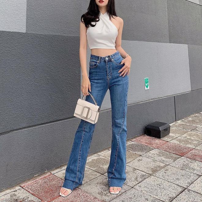 Nhìn Suzy bạn sẽ thấy khả năng tôn chân - dìm dáng 'một trời một vực' giữa quần ống loe và quần ống suông - Ảnh 9