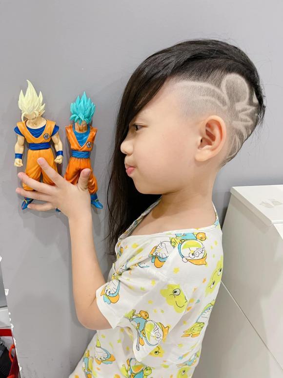 Con trai Ốc Thanh Vân đòi đi ăn xin ở Dubai, nhìn mái tóc của cậu bé, mọi người vừa cười vừa phục cách nuôi dạy con của nữ MC - Ảnh 5