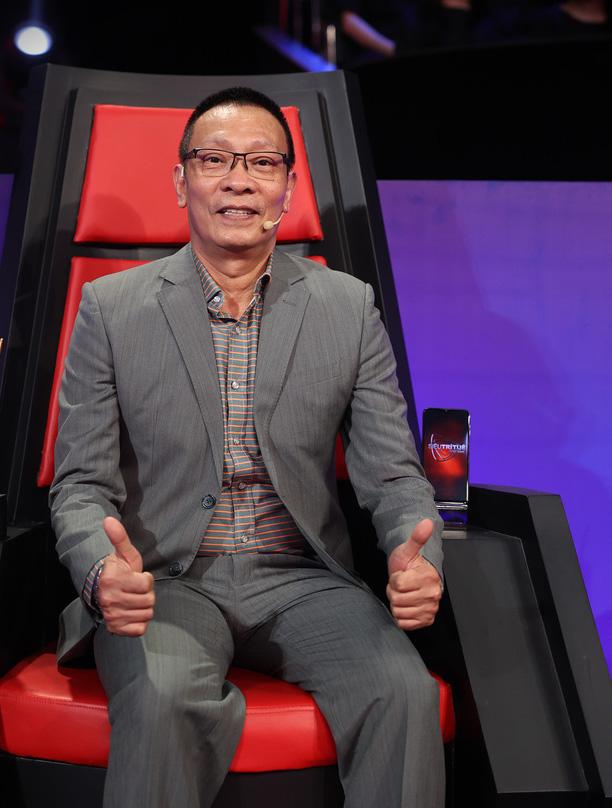 Đời tư của dàn MC kỳ cựu Thanh Bạch, Quyền Linh, Lại Văn Sâm: Người kín tiếng, kẻ rình rang tổ chức đám cưới 10 lần - Ảnh 9