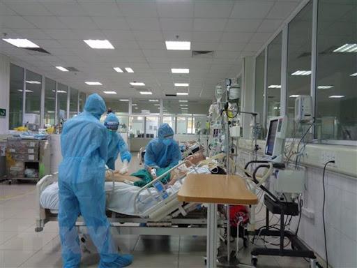 NÓNG: Đã có trường hợp tử vong đầu tiên sau khi mắc COVID-19 tại Quảng Bình - Ảnh 1