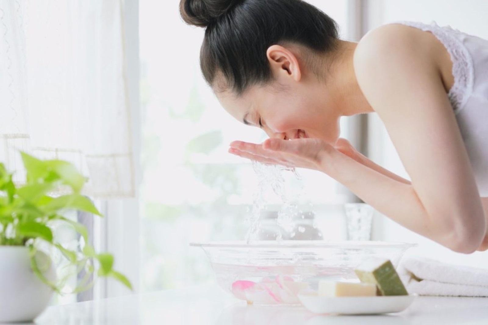 Thì ra nhờ những bí quyết này mà phụ nữ Hàn Quốc luôn có làn da căng mịn bất chấp tuổi tác - Ảnh 3