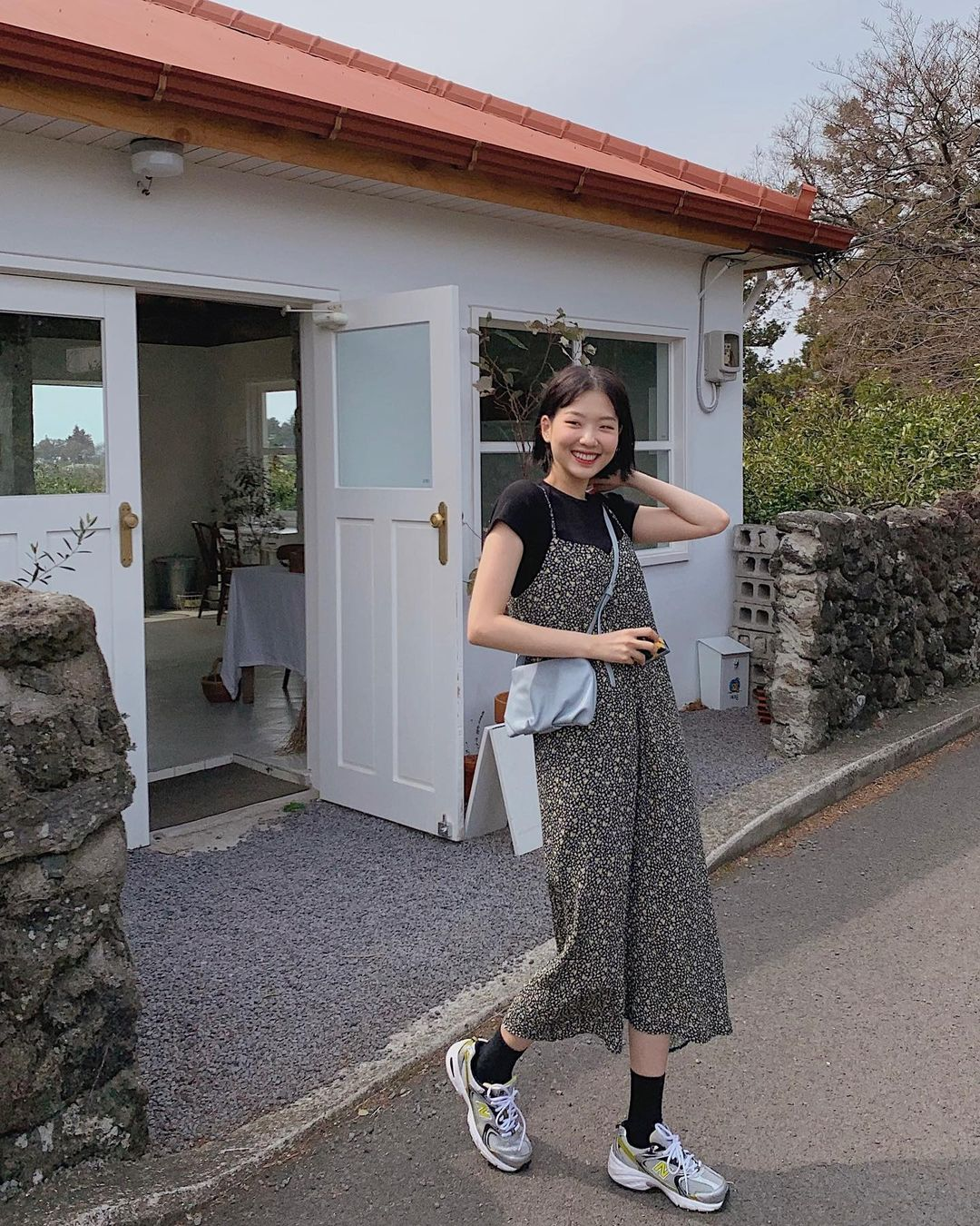 10 công thức diện váy hoa xinh mê tơi từ hội gái Hàn, phải lưu ngay để Hè này còn áp dụng - Ảnh 4