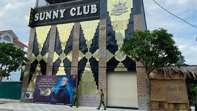 bar Sunny 1