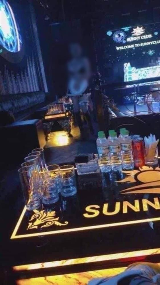 bar Sunny 2