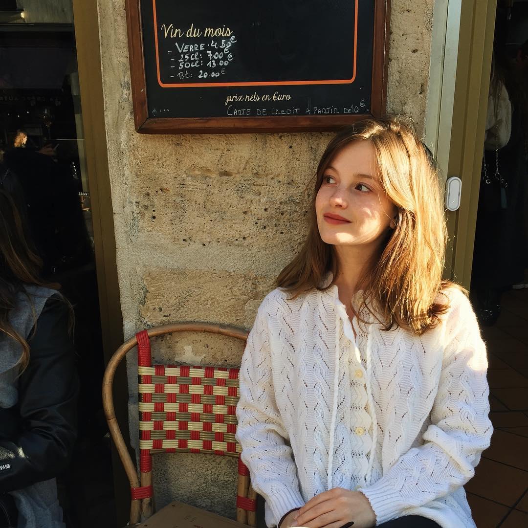 8 kiểu tóc gái Pháp luôn yêu cầu cắt khi ghé salon: Đơn giản mà cực sang chảnh, học theo thì thần thái lên hương - Ảnh 17