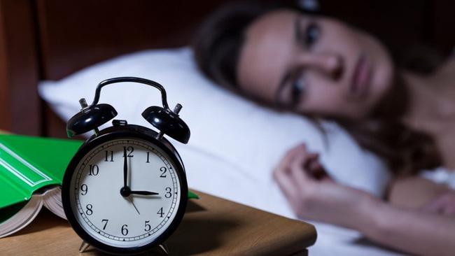 Tập luyện vào sáng sớm và tối muộn: Chị em phải lưu ý ngay nếu không muốn quá trình tập luyện tại nhà trở nên vô ích - Ảnh 2
