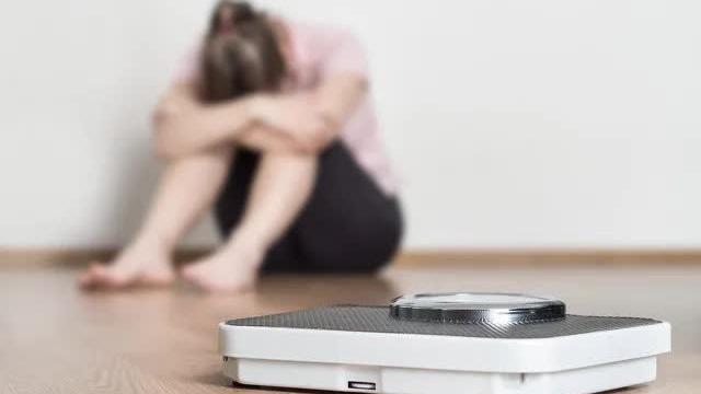 """Tại sao ăn kiêng rồi vẫn không thể giảm cân: Đây chính là """"nút thắt"""" sai lầm khiến bạn tăng cân trở lại"""