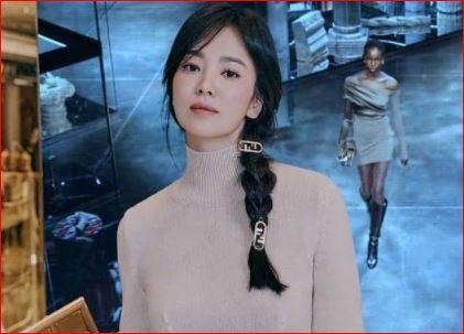 """Kiểu tóc """"cưa sừng"""" được loạt mỹ nhân châu Á lăng xê: Song Hye Kyo và Angela Baby đều có cú nhảy vọt nhan sắc"""