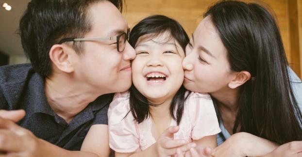 3 lý do vì sao cha mẹ nên khen con nhiều hơn