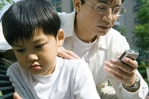 6 điều cha mẹ cần ngưng nói với con ngay từ hôm nay