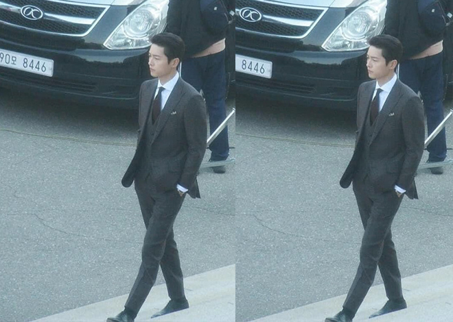 Netizen phát sốt với visual siêu thực của Song Joong Ki ở ảnh chụp lén trên phim trường Vincenzo