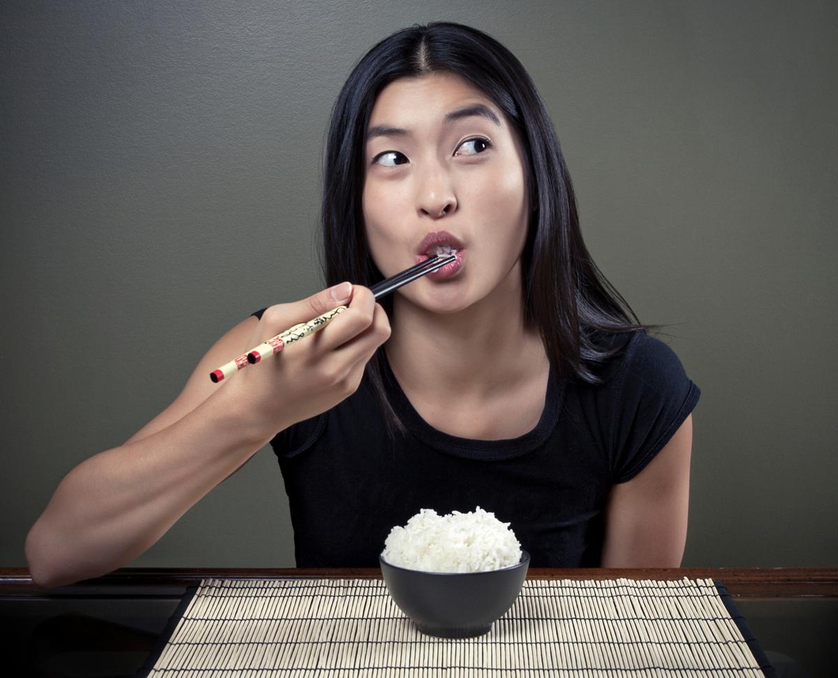 Tiến sĩ dinh dưỡng: Hãy dừng ngay việc nhịn tinh bột để giảm cân, đây mới là chìa khóa để thon gọn!