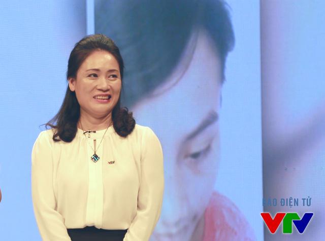 """Chuyện giờ mới kể về cuộc hôn nhân của """"người đàn bà quyền lực VTV"""" Tạ Bích Loan"""
