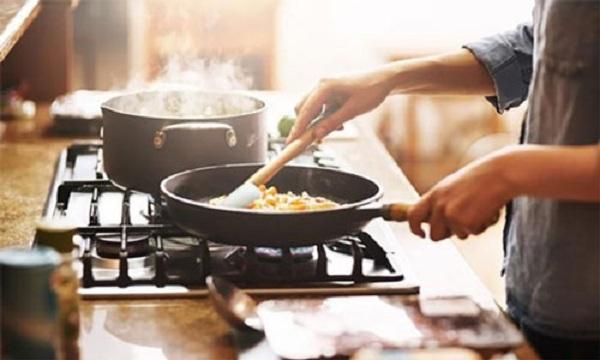 Thói quen nấu nướng gây hại sức khỏe nhiều bà nội trợ mắc phải