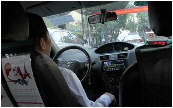 Anh taxi tuyệt nhất quả đất: Tại sao lại phải cáu với vợ khi vợ gọi điện hỏi han và chờ cơm? - Ảnh 1