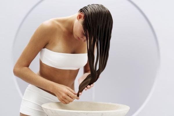 Tóc rụng mãi không ngừng: hãy dùng nước rau dền đỏ ảnh 4