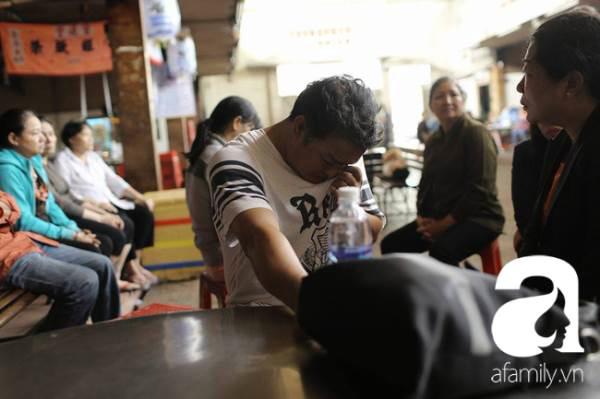 Người thân 6 nạn nhân vụ cháy nhà hẻm ở Sài Gòn: Ba đứa con gái dễ thương, lanh lợi lắm ảnh 5