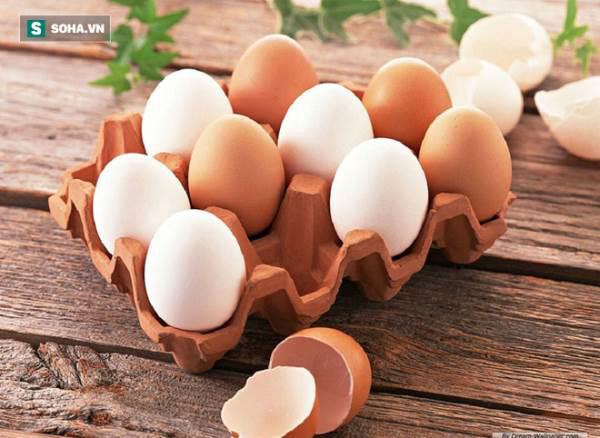 Bạn có biết: Trứng gà màu trắng bổ hơn hay trứng gà màu nâu bổ hơn? ảnh 1