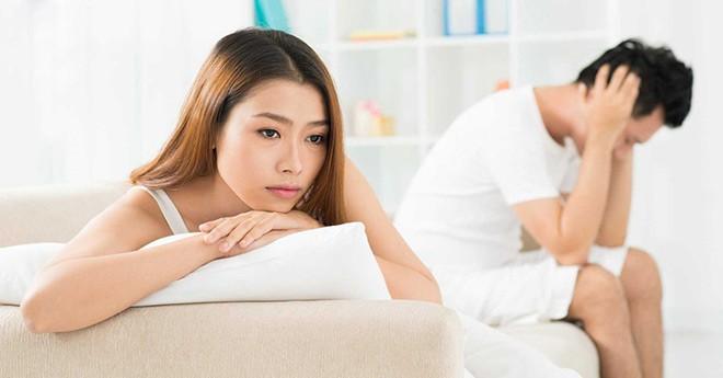5 vấn đề khiến nhiều cặp vợ chồng lâu năm rơi vào trục trặc và hướng giải quyết thấu đáo cho cả hai - Ảnh 1