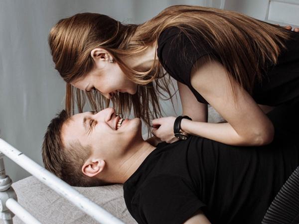 """6 lầm tưởng của phụ nữ về """"chuyện ấy"""" dễ khiến cánh mày râu tụt hứng khi đang """"mây mưa"""""""