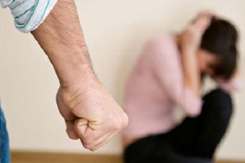 'Anh sẽ bỏ', 'anh hứa'… nhưng chị em hãy tin rằng điều đó không bao giờ xẩy ra khi đã bị chồng đánh - Ảnh 2