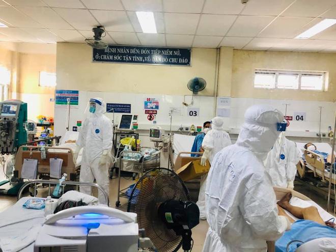 GĐ Sở Y tế Đà Nẵng: 'Chúng ta ngủ quên trong chiến thắng, hàng ngày đếm không có ca bệnh' - Ảnh 1