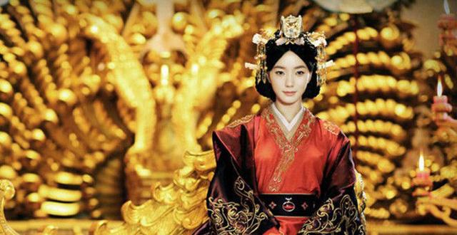 Có nhiều khiếm khuyết thân thể nhưng vị Hoàng hậu này vẫn được Đế vương yêu thương hết lòng bởi điều không phải ai cũng làm được - Ảnh 4