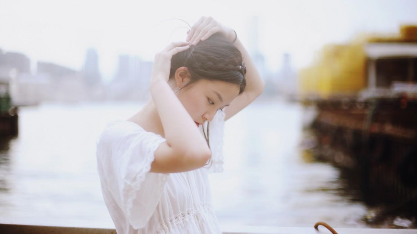 Nếu quá khổ trong hôn nhân, phụ nữ hãy sống bình yên như thế này… - Ảnh 1