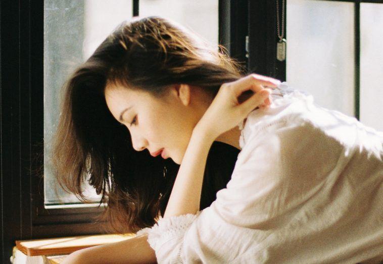Đàn bà trở nên 'rẻ tiền' trong mắt đàn ông vì 4 hành động trong phòng ngủ - Ảnh 2