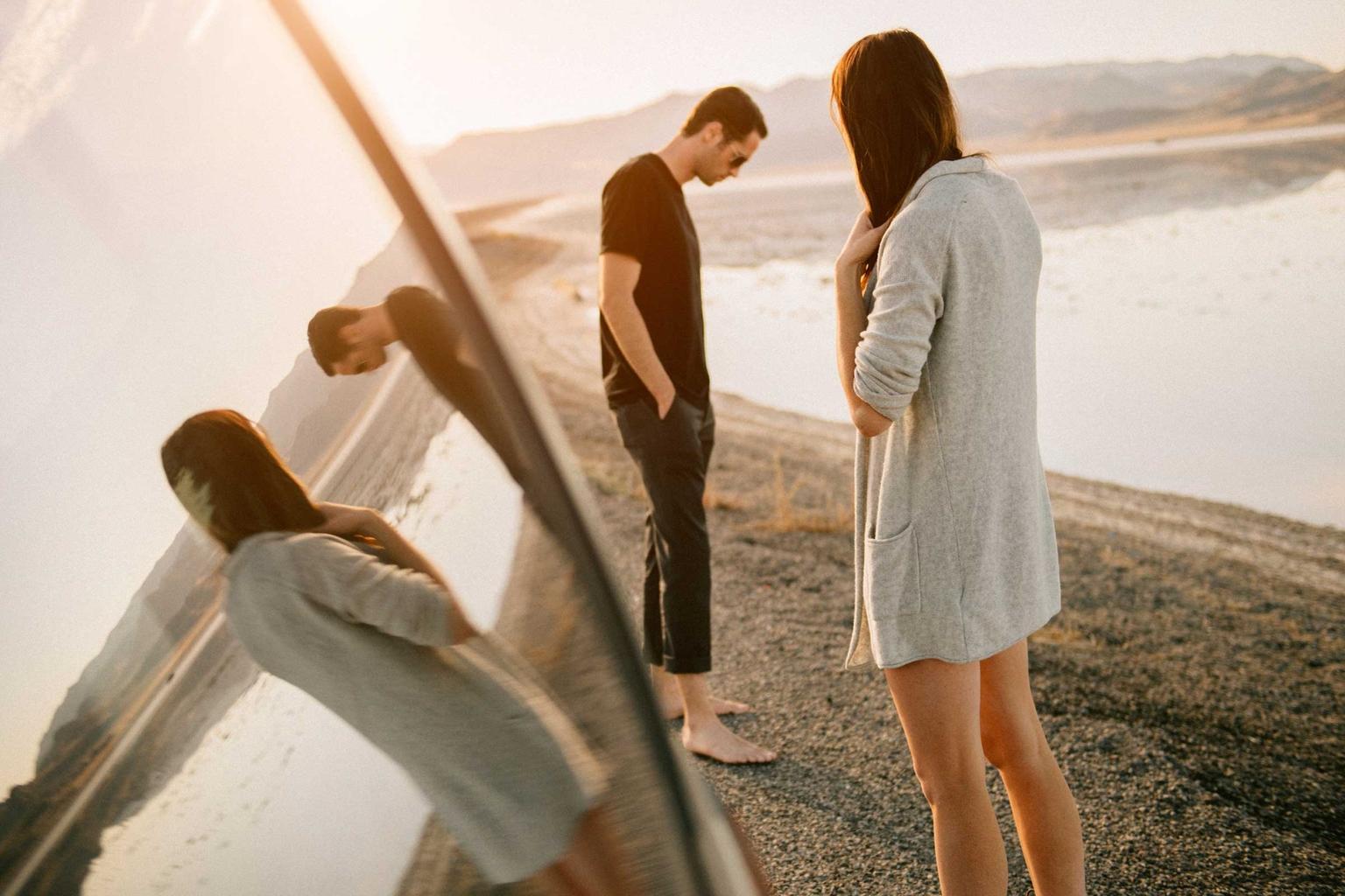 3 dấu hiệu cực dễ nhận biết cho thấy người đàn ông của bạn đã thay lòng đổi dạ - Ảnh 3