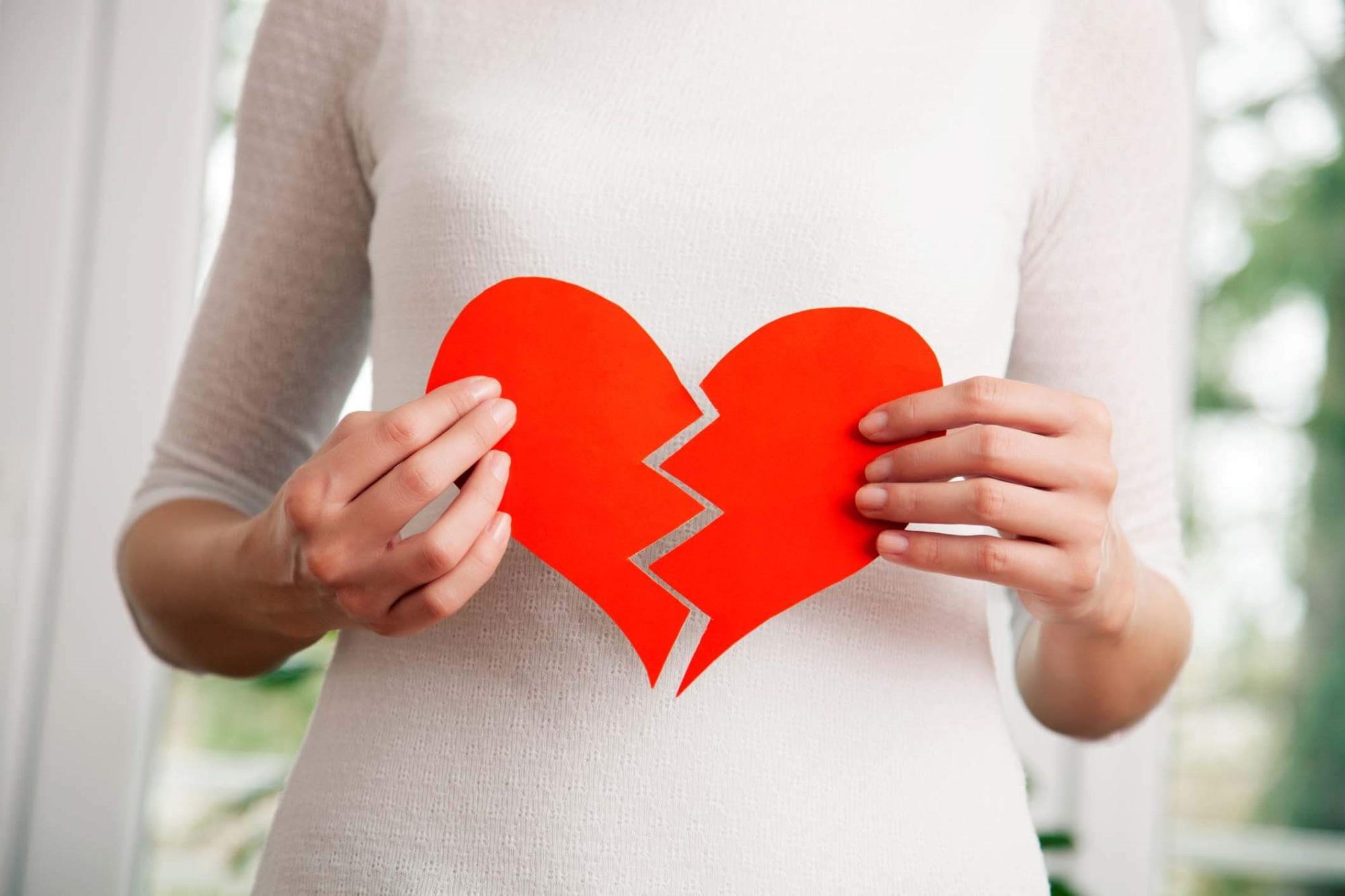 Đây chính là 3 cách chia tay tàn nhẫn nhất của đàn ông khiến phụ nữ mất niềm tin vào tình yêu - Ảnh 4