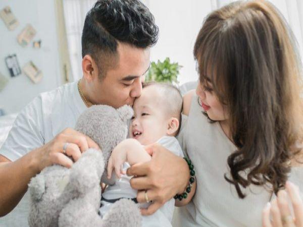 8 mối hiểm họa khiến vợ chồng lao đao trong năm đầu có con