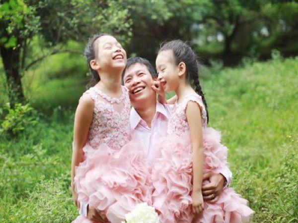 Nhà có nhiều con gái, phúc đức dày, mẹ sống lâu, bố thành đạt