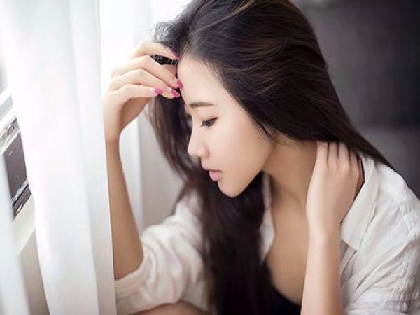 Phụ nữ dù xinh đẹp, đảm đang đến mấy nhưng có 4 tính cách này, chẳng chóng thì chầy chồng cũng chán ghét - Ảnh 1