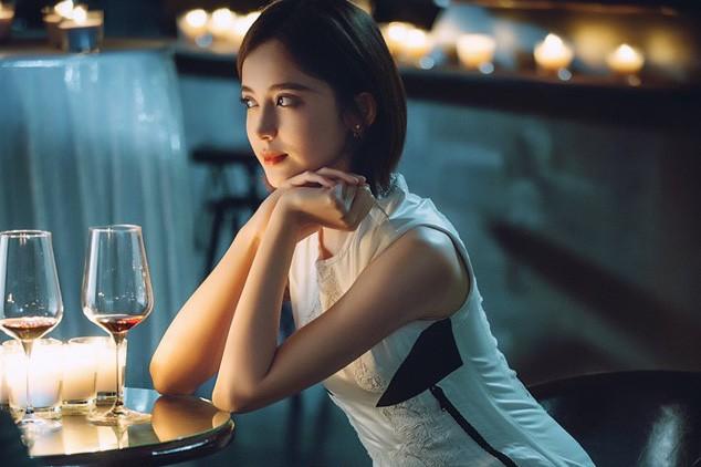 Phụ nữ đừng nghĩ lấy chồng xong là 'mất giá' để rồi héo hon mờ nhạt trong chính cuộc hôn nhân của mình - Ảnh 2