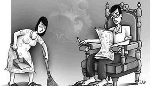 Phụ nữ nên biết 'ích kỷ' hơn với tiền bạc của mình để bảo vệ gia đình - Ảnh 1