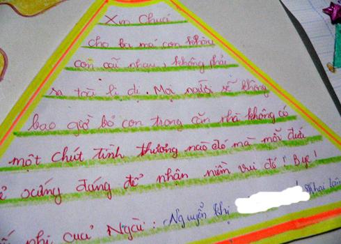 Nghẹn lòng với điều ước của bé gái đêm Noel: 'Ông có thể đem bà ngoại cháu trở về được không?' - Ảnh 1