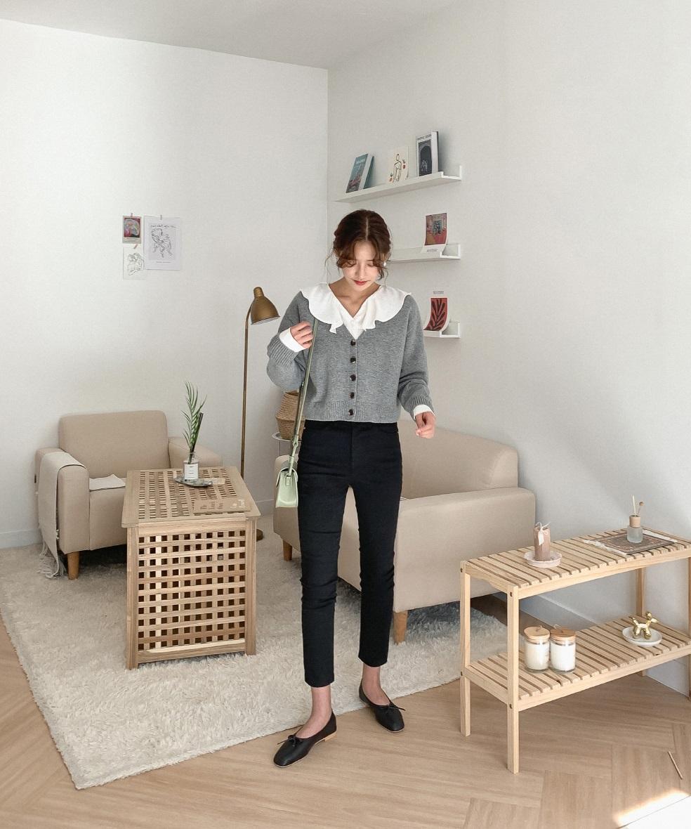 Dù quần jeans dáng ôm có hot hay không, Son Ye Jin vẫn chẳng ngán diện từ phim đến đời thực - Ảnh 9