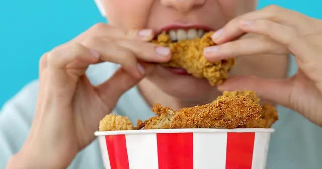 Tại sao ăn kiêng rồi vẫn không thể giảm cân: Đây chính là 'nút thắt' sai lầm khiến bạn tăng cân trở lại - Ảnh 3