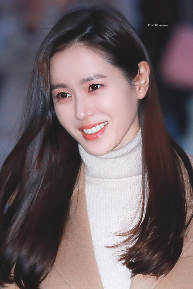 Vạn kiếp bị chê nhạt nhưng Song Hye Kyo lại là người có style tóc 'tắc kè hoa' nhất trong số ngũ đại mỹ nhân Kbiz - Ảnh 5