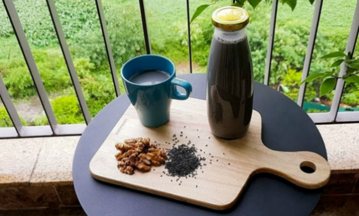 Có một loại sữa hạt đen sì nhưng nếu uống hàng ngày, da dẻ chị em sẽ hồng hào lên trông thấy, lại còn hỗ trợ giảm cân - Ảnh 5