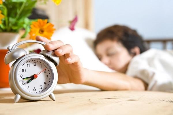 Thói quen trước khi đi ngủ khiến cân nặng tăng mất kiểm soát - Ảnh 4