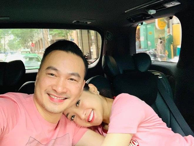 Vợ 3 kém 16 tuổi của Chi Bảo: Giàu, đẹp có quan hệ với nhiều nghệ sĩ nổi tiếng - Ảnh 3