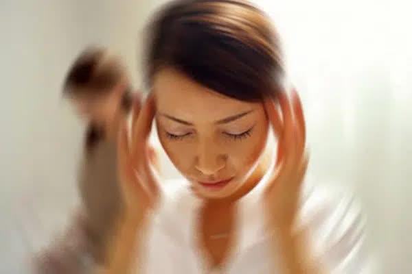 Trước khi ngủ hãy cẩn thận kiểm tra 4 dấu hiệu này, tốn vài giây nhưng giúp bạn phòng tránh đột quỵ xảy ra trong khi ngủ - Ảnh 1