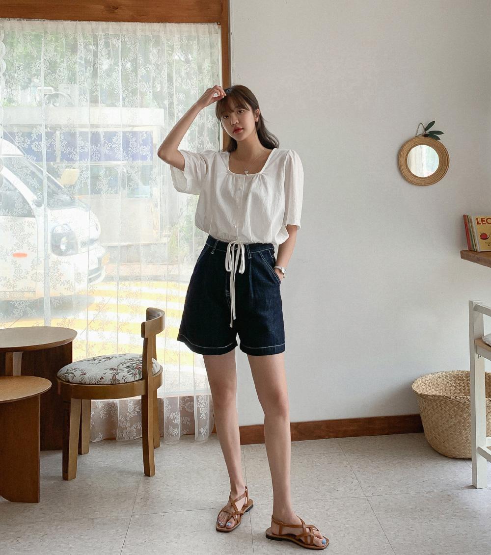 Hội sành điệu toàn mix quần shorts với 5 kiểu áo này để có outfit đẹp hết chỗ chê - Ảnh 12