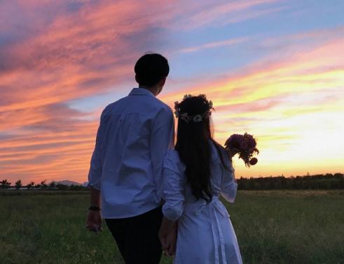 10 điều ngọt ngào đàn ông sẽ làm khi yêu bạn thật lòng - Ảnh 4