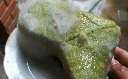 Nếu bánh chưng có dấu hiệu này thì tuyệt đối đừng ăn vì có thể chứa 'chất độc' gấp 68 lần asen, gây ngộ độc và ung thư - Ảnh 2