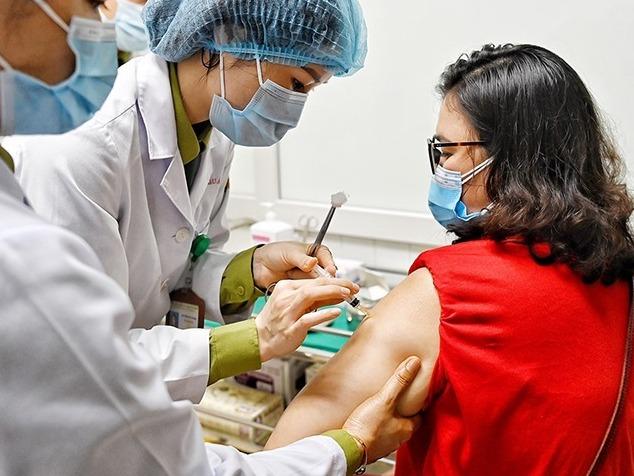 13 địa phương nào tiêm vaccine Covid-19 đợt đầu? Đối tượng nào sẽ được ưu tiên?