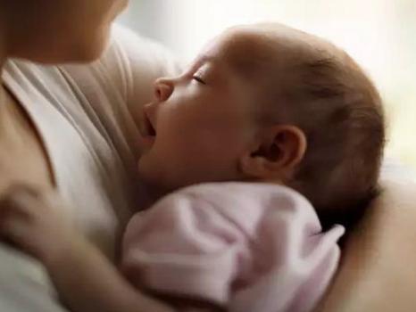 3 lý do vì sao trẻ ăn sữa mẹ mà vẫn còi cọc, không tăng cân